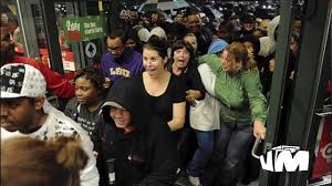 circuit city black friday black friday the american holiday violence stampedes deaths 2013