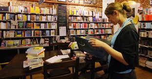 libreria sole 24 ore l altra libreria il professore e lo spirito forte di perugia di