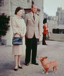 Queen Corgis Queen Elizabeth Ii Prince Philip Corgis The Queen And Prince