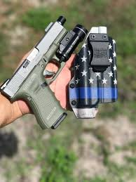 iwb light bearing holster light bearing kydex holsters
