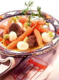cuisiner jarret de veau recette jarret de veau aux petits légumes