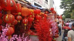 new year shopping new year shopping glodok picture of chinatown glodok