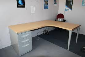 plateau bureau angle bureau 140x80 bureau duangle de marque majencia plateau couleur