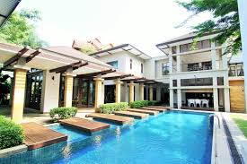 luxury and exclusive tropical resort style bungalow at seksyen 7