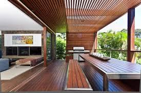 sichtschutz balkon holz balkon sicht und sonnenschutz aus holz architekturideen
