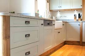 how to build shaker cabinet doors shaker style cabinet drawers cabinet doors diy shaker style cabinet