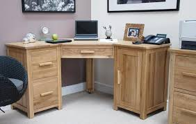 Small Computer Desks For Small Spaces How To Build Small Corner Computer Desk Desk Design