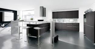 cuisine blanche ouverte sur salon cuisine blanche ouverte sur salon survl com