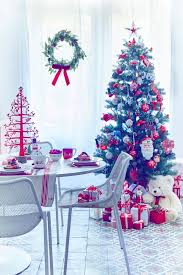 Bright Christmas Decorations Christmas Tree Ideas How To Decorate The Perfect Festive Tree