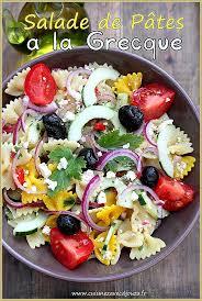 salade de pâte colorée farfalle à la grecque recettes faciles