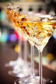 vesper martini quote why does james bond like his martinis shaken not stirred