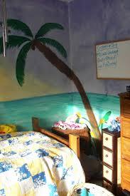 best 25 hawaiian bedroom ideas on pinterest tropical bedroom hawaiian bedroom i painted the walls it was so much fun
