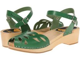 swedish hasbeens ornament clog in green lyst