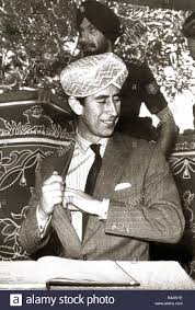 prince charles in india 1980 presented with a golden turban during