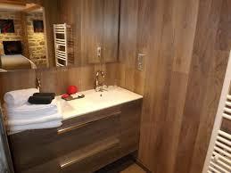chambre d hotes dans le cantal chambre d hôtes la maison de gilbert 9022 à chaudes aigues chambre