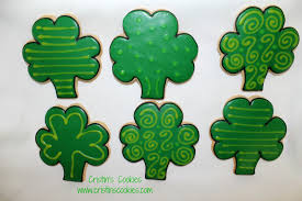 cristin u0027s cookies kiss me i u0027m irish u0026 free printable cookie tags