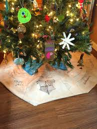 sowdering about harry potter inspired christmas tree skirt