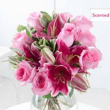 Lily Bouquet Send Lilies U0026 Lily Bouquets Free Uk Delivery Flying Flowers