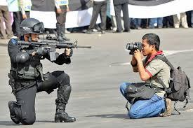 Photographer Meme - national geographic photographers are metal as fuck album on imgur