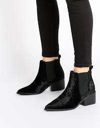 the chelsea boot from queen victoria to kanye west the style spy