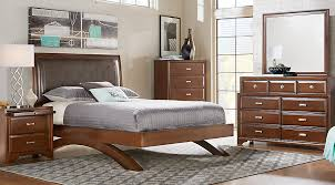 King Platform Bed Set Belcourt Cherry 5 Pc King Platform Bedroom King Bedroom Sets