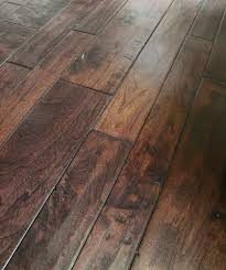 What Is The Difference Between Engineered Hardwood And Laminate Flooring Engineered Hardwood Classic Width American Walnut Collection