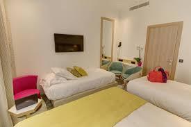 une chambre réservation d une chambre à l hôtel de montpellier