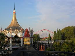 Six Flags Poltergeist Several Uncomfortable Minutes With Cm Venom U2013 Only The Curious