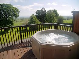 Holiday Home Design Ideas Holiday Cottages In Lake District With Tub Wonderful