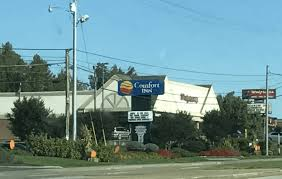 Comfort Suites In Pigeon Forge Tn Save 19 On Dollywood Lane Hotel Pigeon Forge Green Vacation Deals