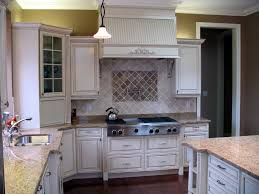 relooker cuisine chene relooking cuisine chene nos idees pour repeindre ses meubles de