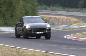 2018 porsche cayenne spotted hides new underpinnings video