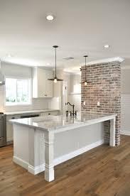 cuisine avec brique cuisine avec marbre noir