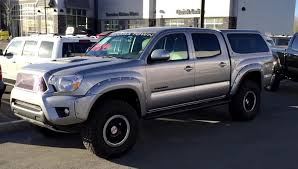 supercharged 2015 toyota tacoma on 285 75r16 tires
