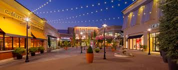 city lights at town center retail space for lease in happy valley or clackamas town center ggp