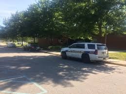Barnes And Noble Tcc Virginia Beach Police Search For Suspect After Attempted Armed Assault In Tcc