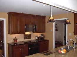 caramel colored kitchen cabinets what is a good u0027caramel u0027 color