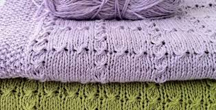 free pattern knit baby blanket holding hands knitted baby blanket free knitting pattern