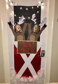 christmas best dorm door decorations ideas only on pinterest