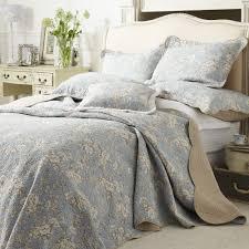 versailles blue quilted bedspread online shop