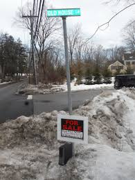 clinton chappaqua one of hillary clinton u0027s neighbors adds insult to injury with this