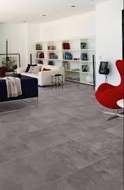 carrelage salon cuisine carrelage salon salon moderne avec carrelage sol gris grand format