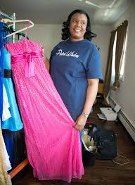 ny dress woman struggles to find prom dress donations for charity