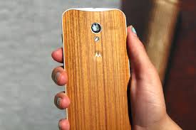 motorola teases beautiful wood backed moto x devices