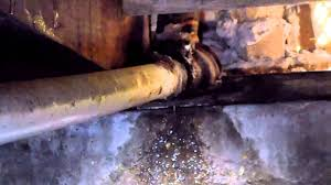 Kitchen Sink Leaking Underneath by Broken And Leaking Drain Line Under Kitchen Sink Youtube