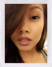 Middle Lip Piercing Best 25 Middle Lip Piercing Ideas On Labret