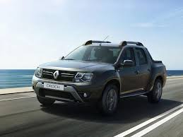 renault dubai 2016 renault duster oroch and sandero rs 2 0 unveiled drive arabia