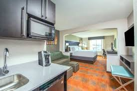 holiday inn express u0026 suites kansas city west shawnee kansas ks