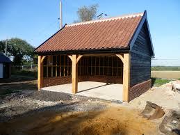 builder of bespoke oak cart lodges suffolk cartlodges