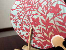 how to make a fan visit a kyoto fan workshop and make your own uchiwa fan kyoto